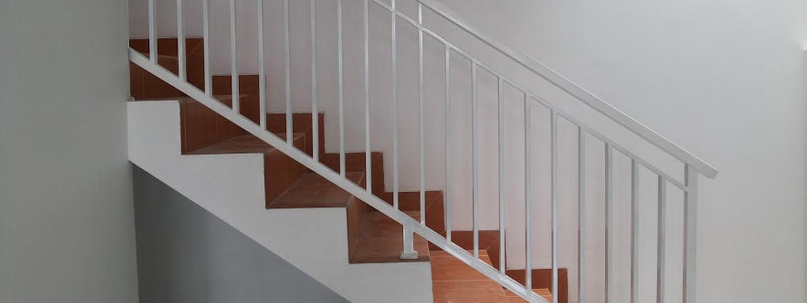 putrapajar77-railing-tangga-minimalis-murah